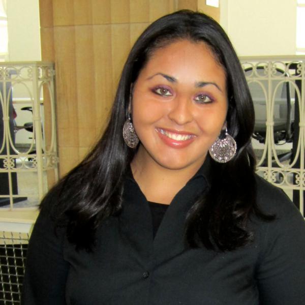 Vanessa Espinoza Headshot